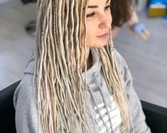 Synthetic dreads double ended mix dreadlocks and braids natural blond with accessories simple and beautiful hairstyles for women you will love Dreads With Undercut, Thin Dreads, Braids Extensions Black, Dreadlock Extensions, White Girl Braids, Girls Braids, Romantic Couples Tattoos, Crochet Dreadlocks, Double Ended Dreads