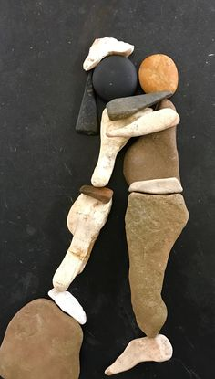 Pebble Stone, Pebble Art, Stone Art, Stone Crafts, Rock Crafts, Mago Tattoo, Rock Sculpture, Miniature Crafts, Shell Art