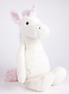 Sugar-sweet in pink and white, Jellycat Bashful Unicorn is such a delight. Full of magic and moonlight, she loves the forest, so be sure to take her on any picnic. So very cuddly, with squish-squashy