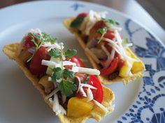 Katarimarian proosallinen arki ja räpellykset: Vapunpäivän kevyemmät vegetacot Tacos, Mexican, Ethnic Recipes, Food, Meals, Mexicans