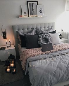Image about pink in ▪ bedroom inspiration ▪ by lara oz. Teen Bedroom Designs, Room Ideas Bedroom, Small Room Bedroom, Home Decor Bedroom, Bedroom Ideas For Small Rooms For Adults, Bedroom Ideas For Women, Dark Cozy Bedroom, Bedroom Inspo Grey, Grey Bedroom Design