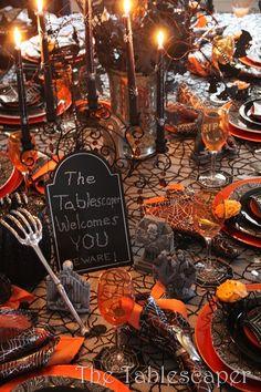 The Tablescaper: Halloween tablescape
