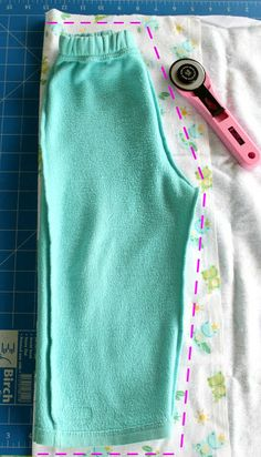 Sew Delicious: Quick & Easy Kids Pants - Tutorial.  (no outer leg seem version.)
