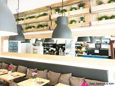 Designtanke // DIY PFLANZREGALE AUS PALETTEN U2013 Tolle Einrichtungsidee Im  Café Saint Louis In Köln