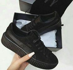 50a81674fdb9b1 21 meilleures images du tableau Puma by Rihanna | Suede creepers ...