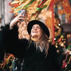 девушка, масленица, Красная Площадь, фотосессия в шляпках, фотосессия девушки, Москва