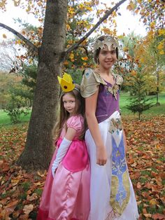Princess Peach u0026 Princess Zelda. #halloween #costume #geek  sc 1 st  Pinterest & Lifeu0027s Moments: Elementary Class Party - Harvest time! | Fall ...