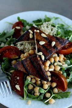 Garlic, Basil & Balsamic Tofu Marinade   24 Delicious DIY Sauces You'll Want To Put On Everything