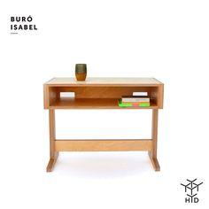 Un Buró para personas prácticas. Tiene pasacables! Lo cual es indispensable hoy día! Diseño de Emiliano Godoy #madera #diseño #diseñomexicano #practicing