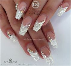 Luminous Nails: White Christmas Acrylic Nails With A Touch Of Red! with Red And Gold Christmas Acrylic Nails Fabulous Nails, Gorgeous Nails, Pretty Nails, Wedding Nails For Bride, Bride Nails, Bling Wedding Nails, Glitter Wedding, Wedding White, Bling Nail Art