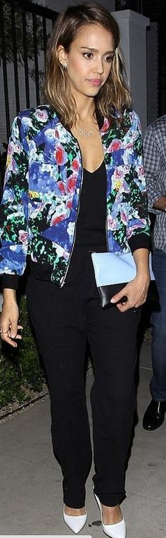 Who made  Jessica Alba's blue floral jacket, black pants, and black clutch handbag?