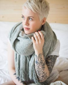 Nice Proper Pixie Cuts : Photo The post Proper Pixie Cuts : Photo… appeared first on Aloha Haircuts . Short Sassy Hair, Short Pixie, Short Hair Cuts, Short Hair Styles, Pixie Cuts, Cute Haircuts, Funky Hairstyles, Platinum Blonde Hair, Pixie Haircut