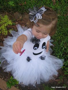 I'm totally making this for my daughter for Halloween!