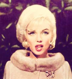 """Marilyn Monroe in """"Something's Got To Give"""" 1962. Something s Got to Give és una…"""