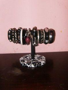 Colgadores para la bisutería Handmade Crafts, Bracelets, Jewelry, Fashion, Hang Necklaces, Scarves, Jewelry Storage, Earrings, Make Up