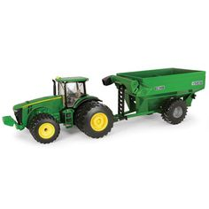A great companion set with our 1/32 9870 STS Combine (TBE15986). 8260R includes dual front and rear tires, die-cast body, clear windows, and front fenders. Tractor also compatible with TBE45435, Premi