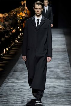 Dior Homme Fall 2015 Menswear Fashion Show