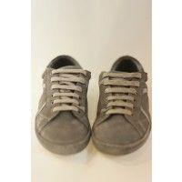 Playhat propone una collezione di sneakers con un carattere deciso e distintivo nel suo genere.