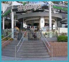 Strip Burger is an amazing restaurant in Las Vegas located at The Fashion Show Mall. Definitely worth a visit should you find yourself in Vegas Burger Restaurant, Outdoor Restaurant, Vegas Vacation, Las Vegas Trip, Top Site, Burger Places, Las Vegas Restaurants, Travel Deals, Hotel Deals