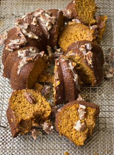 This Pumpkin Cake with Pecan Pie Glaze has to be made for Thanksgiving!