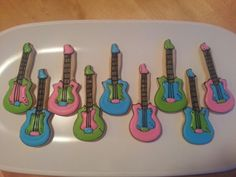 Guitar cookies by Dyan
