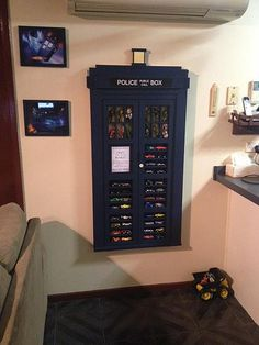 that would be a great case for my Doctor Who DVD collection