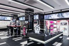 826223359ec1b3 13 Best Retail - Digital concepts images
