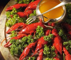 Easy Polish Crayfish Recipe Served with Clarified Butter: Polish Crayfish in Butter Pate Recipes, Fish Recipes, Gourmet Recipes, Healthy Recipes, Beef Flank Steak, Party Food And Drinks, Clarified Butter, Ribs