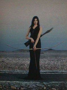 """""""Black Cupid"""" // Neat. I've been looking for a Susan Pevensie model (with a sword) from the Narnia / Caspian game. It's a very elegant character/class - a woman in a long dress armed with a sword and longbow/arrows."""