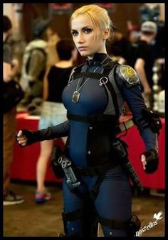 Cosplayer as Sgt. Cassie Cage from Mortal Kombat X