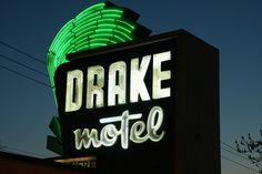 "drake motel nashville - ""stay where the stars stay"""