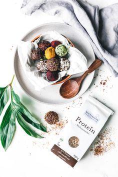 Energy Balls – leckerer Powersnack mit viel Protein Vegan Dessert Recipes, Vegan Breakfast Recipes, Honey Chocolate, Banoffee Pie, Eat This, Energy Balls, Sweet Desserts, Healthy Treats, Protein