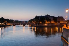 The Ile Saint-Louis by night, beautiful view.      Picture taken by Mohamed Khalil  http://jeudepaumehotel.com/ile-saint-louis/