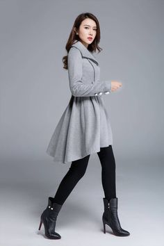 Edgy Outfits, Cool Outfits, Fashion Outfits, Fashion Trends, Winter Coats Women, Coats For Women, Modesty Fashion, Sleeves Designs For Dresses, Kinds Of Clothes