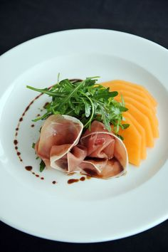 Food Photography 859835753837962042 - Nick Nairn's Melon & Parma Ham Starter Source by denisrebecchi Food Plating Techniques, Meat Delivery, Good Food, Yummy Food, Yummy Lunch, Cooking Recipes, Healthy Recipes, Sushi Recipes, Healthy Food