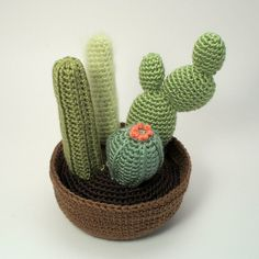 Cactus Collection 2 by June Gilbank crochet pattern $8.00 on Ravelry at http://www.ravelry.com/patterns/library/cactus-collection-2