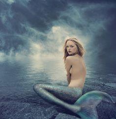 Tamara, the mermaid queen (played by Gemma Ward).