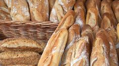 Le pain frais, vous pensez que c'est difficile à conserver. Ce n'est pas faux. Surtout s'il fait un temps humide ou, au contraire, chaud et sec. Alors, que faire pour que le pain acheté le matin ...