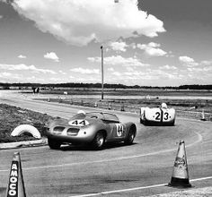 The Moss/Gurney Maserati Tipo 61 leading Porsche 718 Towards the later part of the race the Maserati's transmission gave out. The privately entered Porsch took place behind the winning Porsche and ahead of six Ferraris. Sebring Raceway, Vintage Racing, Vintage Auto, Road Racing, Auto Racing, Porsche Factory, Porsche 718, Dan Gurney, Racing Events