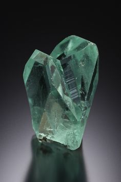 Green Mountain Minerals supplies fine minerals to collectors around the world. Beautiful Minerals are inspiring, even life changing. Minerals And Gemstones, Crystals Minerals, Rocks And Minerals, Stones And Crystals, Beautiful Rocks, Mineral Stone, Rocks And Gems, Krystal, Green Mountain