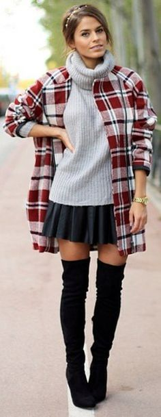 Jessie Chanes Streetstyle..over the knee boots looking cute!
