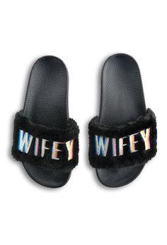 a2784c90c KIMOJI WIFEY FUR SLIDES Shorts Outfits Women