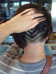 Undercut bob Cute Hairstyles For Short Hair, Creative Hairstyles, Pretty Hairstyles, Short Hair Styles, Under Hair Shaved, Shaved Hair, Nape Undercut Designs, Undercut Hairstyles, Undercut Bob