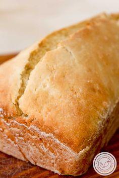 Receita de Pão de Cebola de Liquidificador e sem sovar- para o lanche da tarde com a sua família ou amigos! #receitas #pão No Salt Recipes, Bread Recipes, Pasta, Hot Dog Buns, Cheesecake, Food And Drink, Low Carb, Menu, Gluten