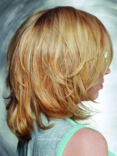 frisuren schulterlanges haar blond stufig zuk nftige. Black Bedroom Furniture Sets. Home Design Ideas