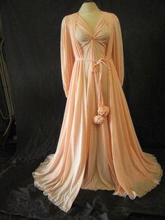 a5f7fc08a5 Vintage Claire Sandra by Lucie Ann Peach Goddess Nightgown Pom Pom Robe  Peignoir Set S.