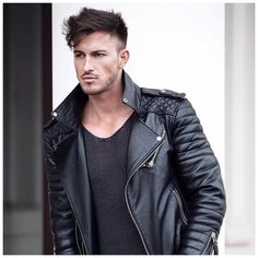 JustLifeStyle shared a photo from Flipboard Semi Casual, Latest Mens Fashion, Fashion Men, Classy Men, Leather Men, Leather Jackets, Biker Style, Well Dressed Men, Hair And Beard Styles