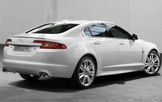 2010 Jaguar XF...this is one hawt car!
