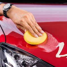 46 DIY Car Detailing Tips That Will Save You Money - image for you Car Cleaning Hacks, Deep Cleaning Tips, Toilet Cleaning, Cleaning Solutions, Homemade Toilet Cleaner, Clean Baking Pans, Cleaning Painted Walls, Glass Cooktop, Clean Dishwasher