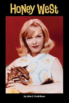Anne Francis playing a female private detective in the 1965-66 TV series 'Honey West'.